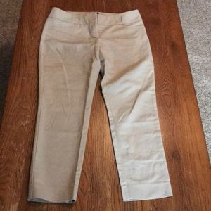 Limited Drew fit cropped pants size 8